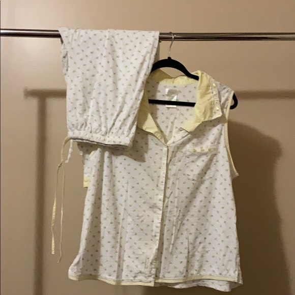 43299cc759f6 Secret Treasures Intimates & Sleepwear | 2x Pjs Set Yellow Flowers ...